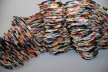 Hebillas 2009 Plástico ensamblado con nylon 272 x 41 cm (107.1 x 16.1 in)