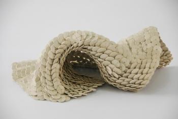 Mesh 2008 Arcilla modelada ensamblada con hilo de nylon 37 x 32 cm (14.6 x 12.6 in)