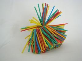 Pitos y flautas 2007 Tubos de plástico ensamblados con nylon 23 x 23 x 26 cm (9.1 x 9.1 x 10.2 in)